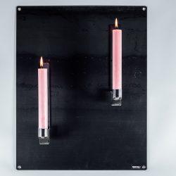 Zwarte wandplaat + Rode kaarsen